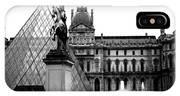 Paris Black And White Photography - Louvre Museum Pyramid Black White Architecture Landmark IPhone Case