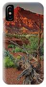 Red Rock Butte And Juniper Snag Paria Canyon Utah IPhone Case