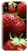 Strawberries (fragaria 'elsanta') IPhone Case
