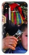 Peluquero Dos IPhone Case