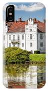 Wanas Slott With Reflection IPhone Case