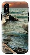 Ocean Waves Lapping At A Shoreline IPhone X Tough Case