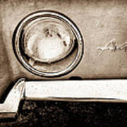 1963 Studebaker Avanti Emblem Poster