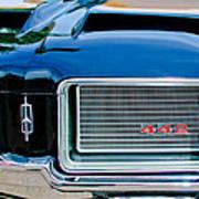 1972 Oldsmobile 442 Grille Emblem Poster