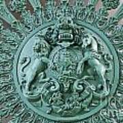 Royal Lion And Unicorn Coat Of Arms On The Gate Of The Wellington Arch At Hyde Park Corner London Poster
