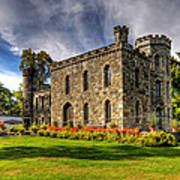Winnekenni Castle V2 Poster