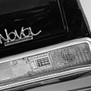 1972 Chevrolet Nova Ss Taillight Emblem -0355bw Poster