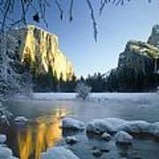 2m6538-yosemite Valley In Winter Poster