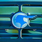 1933 Pontiac Emblem -0467c Poster