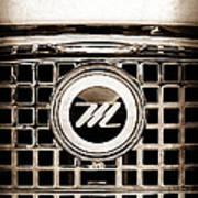 1959 Nash Metropolitan Grille Emblem Poster