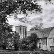Barn In Black And White Poster