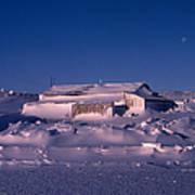 Capeevanshut-antarctica-g.punt-4 Poster