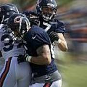 Chicago Bears Te Jeron Mastrud Moving The Ball Training Camp 2014 Poster