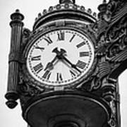 Chicago Macy's Marshall Field's Clock In Black And White Poster