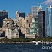 Close View Of Downtown Manhattan Eastern Skyline Poster