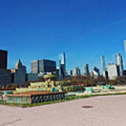 Downtown Chicago With Buckingham Fountain 2 Poster