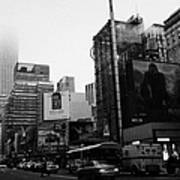 empire state building shrouded in mist from west 34th Street and 7th Avenue new york city usa Poster