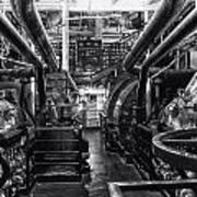 Engine Room Queen Mary 02 Bw 01 Poster