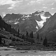 509417-bw-gannett Peak Seen From Dinwoody Creek Poster