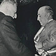 General Franco Decorated. Receives Garsnd Of The Omeyas - Poster