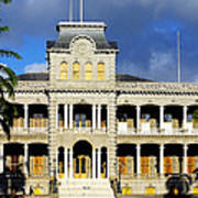 Honolulu Old Palace Close View Poster