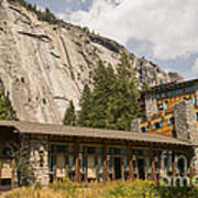 Hotel Ahwahnee Poster
