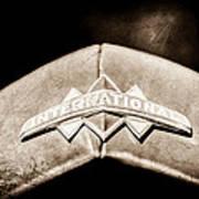 International Grille Emblem -0741s Poster