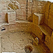 Kiva With Sipapu In Spruce Tree House On Chapin Mesa In Mesa Verde National Park-colorado Poster