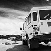 Ministerio De Medio Ambiente Land Rover At Teide National Park Tenerife Canary Islands Spain Poster
