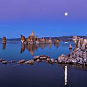 Mono Lake Moon Rise Poster