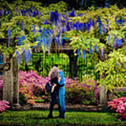 New York Lovers In Springtime Poster