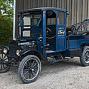Old Ford Wrecker  Poster