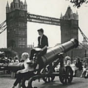 Open Air Art Lessons. The Tower Bridge As Background Poster
