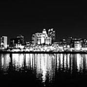 Philadelphia Skyline Panorama In Black And White Poster