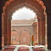 Praying At The Jama Masjid Mosque - Old Delhi Poster