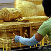 Reclining Buddha Prayer Candles Poster