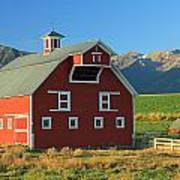 Dn5939-red Barn In The Wallowas Poster