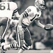 Roger Staubach Passing The Ball Poster
