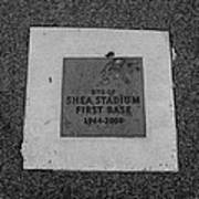 Shea Stadium First Base In Black And White Poster