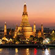 Sunset Over Wat Arun Temple - Bangkok Poster