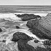 The Jagged Rocks And Cliffs Of Montana De Oro State Park In California In Black And White Poster