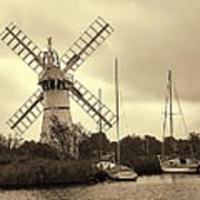Thurne Windmill IIi Poster