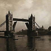 Tower Bridge London 1906 Poster