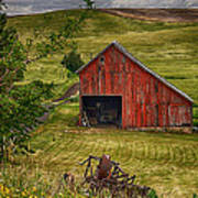 Unique Barn In The Palouse Poster