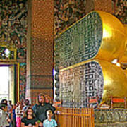 Visitors Pass Bottoms Of Feet Of Reclining Buddha In Wat Po In B Poster