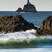 Waves Breaking At Ecola State Park Poster