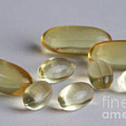 Fish Oil 1200mg And Vitamin E Poster