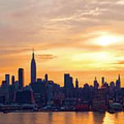 Ny Skyline Sunrise Gold Poster