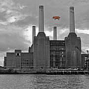Pink Floyd Pig At Battersea Poster