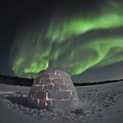 Aurora Borealis Over An Igloo On Walsh Poster